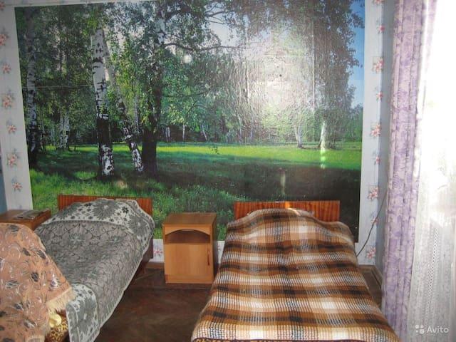Уютная комната в доме 30м2 - Крымск - Huis