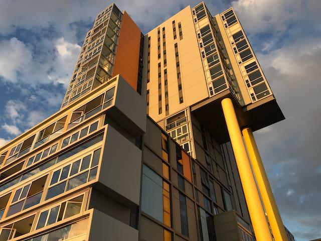 Modern CBD secure apartment - Аделаида - Квартира