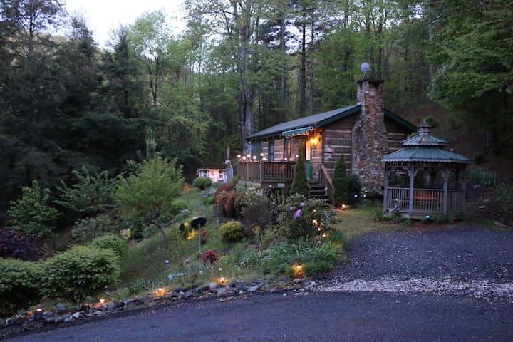 The Mountain Retreat... - Fleetwood