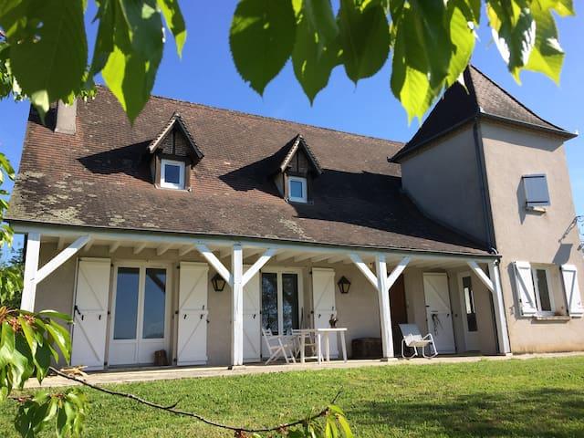 Agréable maison, région très touristique, Dordogne - Vayrac - Ev