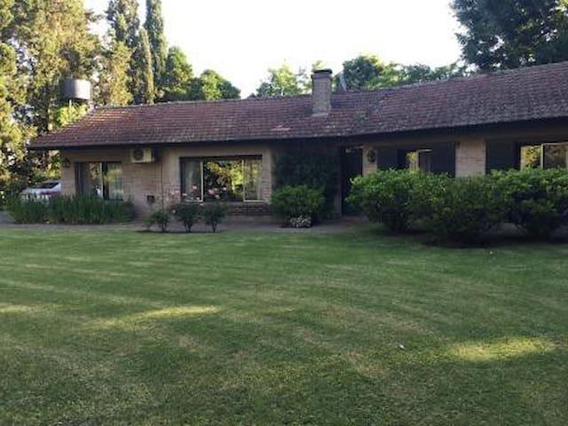 Casa en Chacras de Murray - Pilar - Hus