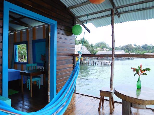 Kali's Casa over the Sea #2 - Isla Bastimentos - Hus