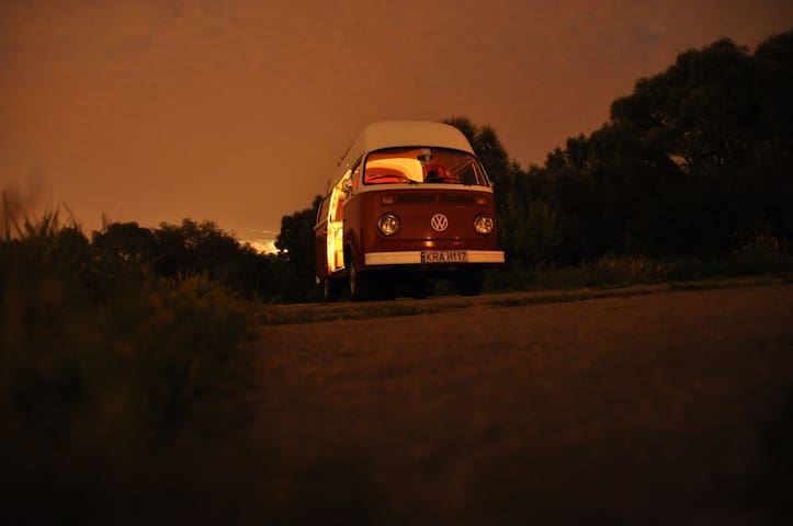 Iconic VW bus from 70,near Cracow   - Zelków - Appartement