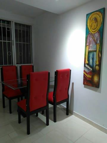 Apto 2 dormitorios con parking - La Boquilla - Daire