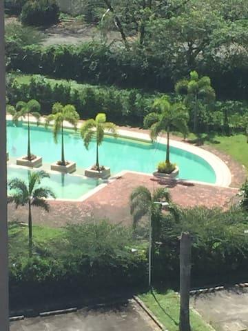 Relaxing Resort Type Condo - Кесон-Сити - Кондоминиум