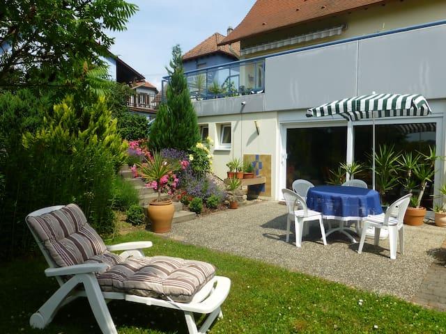 """gite rural """"rez de jardin"""" - Kutzenhausen - Huis"""