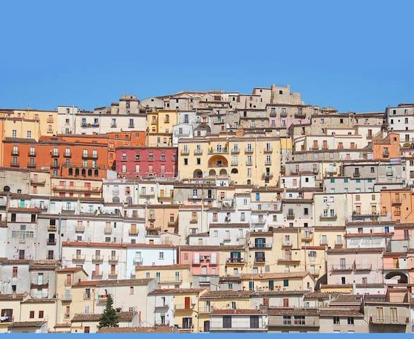 Authentic mountain village home - Calitri - Rumah