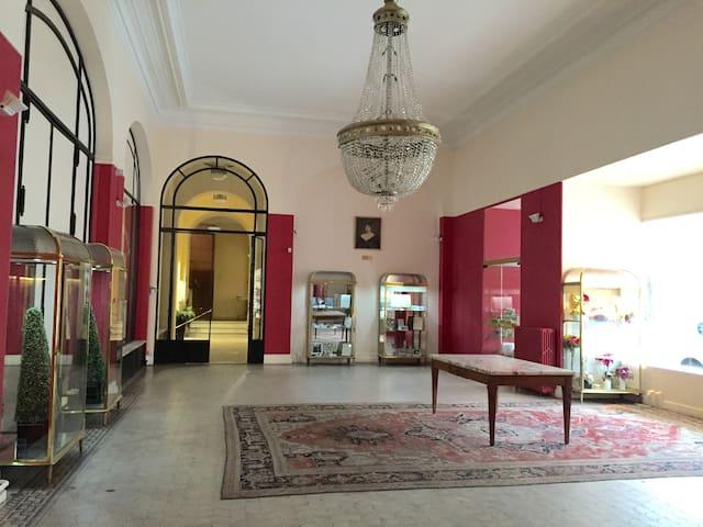 Studio calme au cœur de Vichy - Vichy - Apartamento