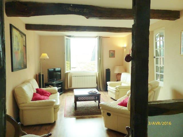 Maison de Village - Villefranche - Leilighet