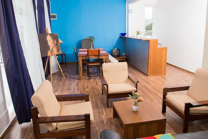 Small Cozy Studio Apartment - Quatre Bornes
