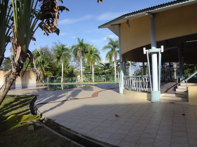Melinsung Summer Bay Apartment, just by seaside! - Papar - Appartement