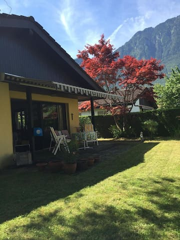 Friendly and conveniently situated on Lake Geneva - Port-Valais - Haus