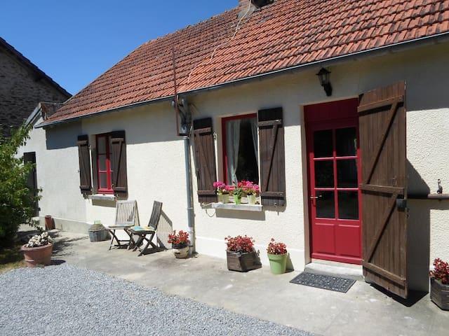 Les Deux Sapins - La Châtre-Langlin - Casa