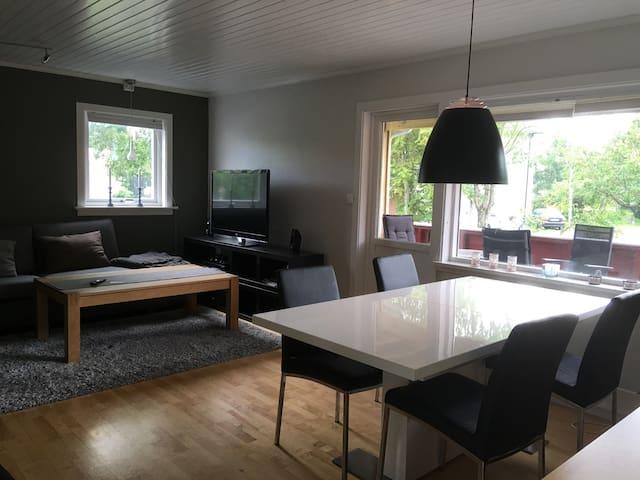 Koselig leilighet sentralt i Bodø - Bodo - Apartemen