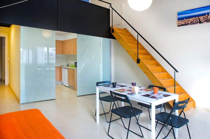 Cool loft duplex 4.5 near beach&Bcn - Badalona - Loft