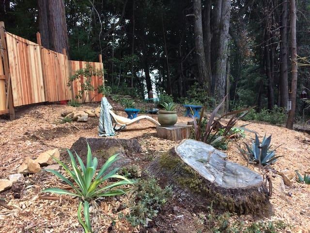 Private Garden Retreat - Santa Cruz - Camper