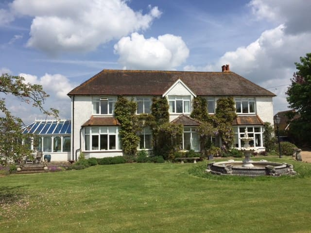 B&B in rural West Sussex - Pulborough - Bed & Breakfast
