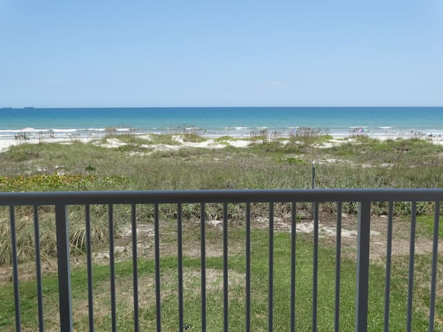 AMAZING Direct Oceanfront Condo #61 - Cocoa Beach