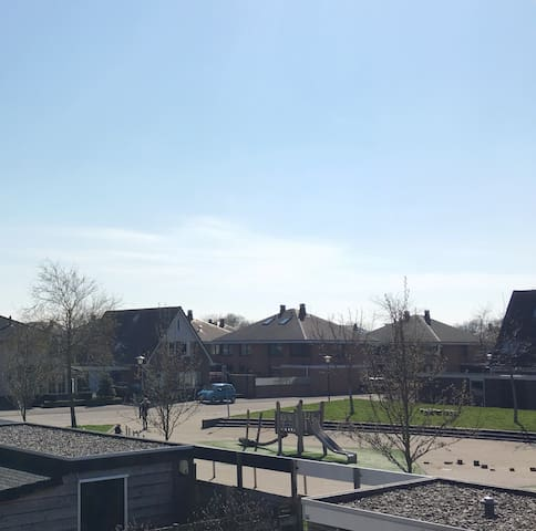 Bright and cozy single room + free pickup - Hoorn