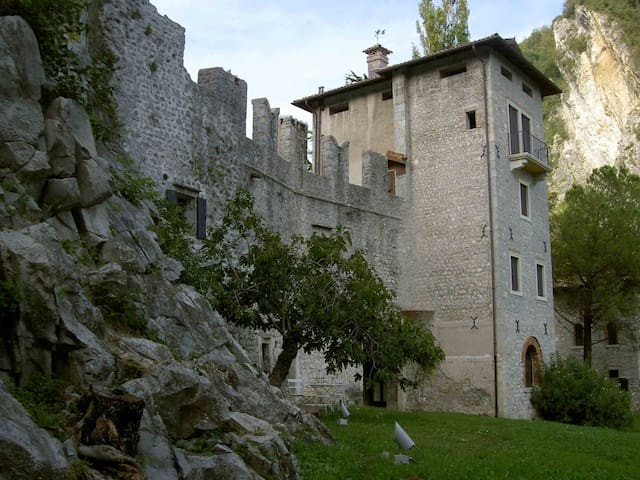Enjoy life in a medieval castle  - Vittorio Veneto