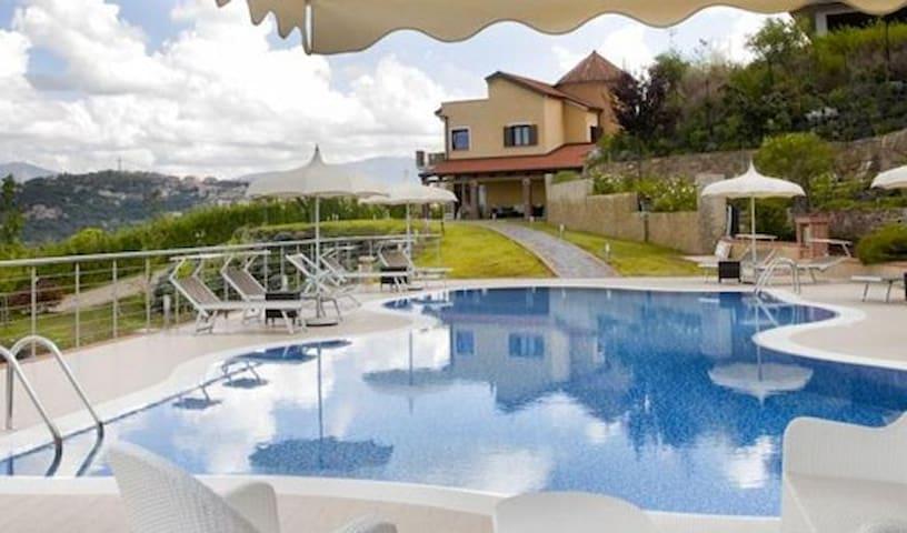 casa Panorama - Laureana Cilento - Kulübe