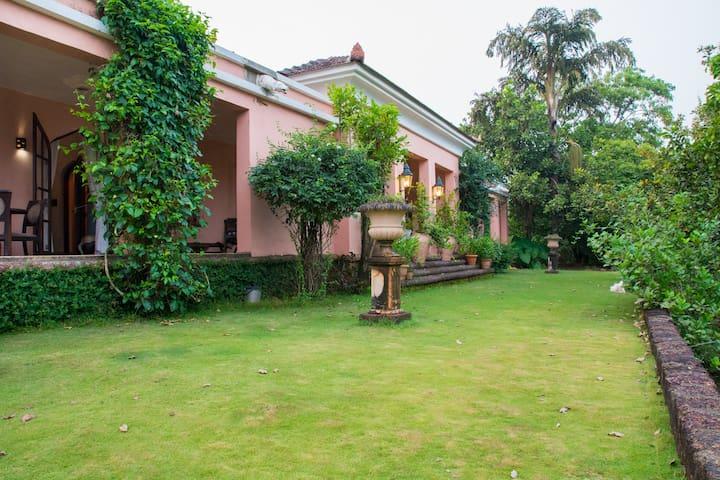 Beautiful bungalow in Goa - Tiswadi - Talo