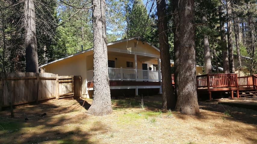 Mountain House - Pollock Pines - Hus