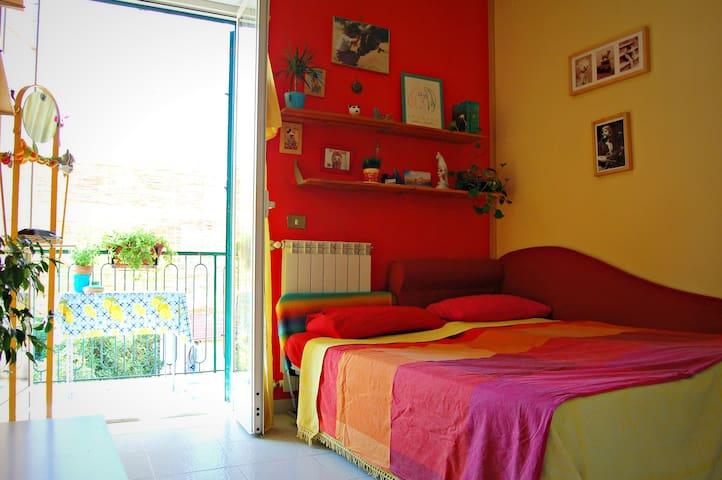 Casa Miele - Cosy double bedroom - - Grumo Nevano - Квартира