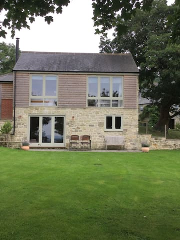 Private, with incredible views - Shaftesbury - Hus