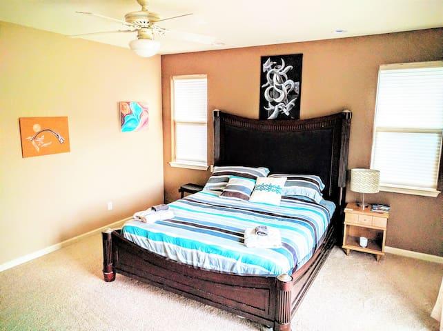 Spacious Home Master Bd Rm  CAL King Private Bath - Carson City