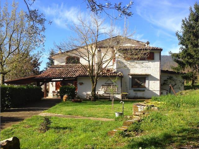 villa a san lorenzello immersa nella natura-bn- - San Lorenzello