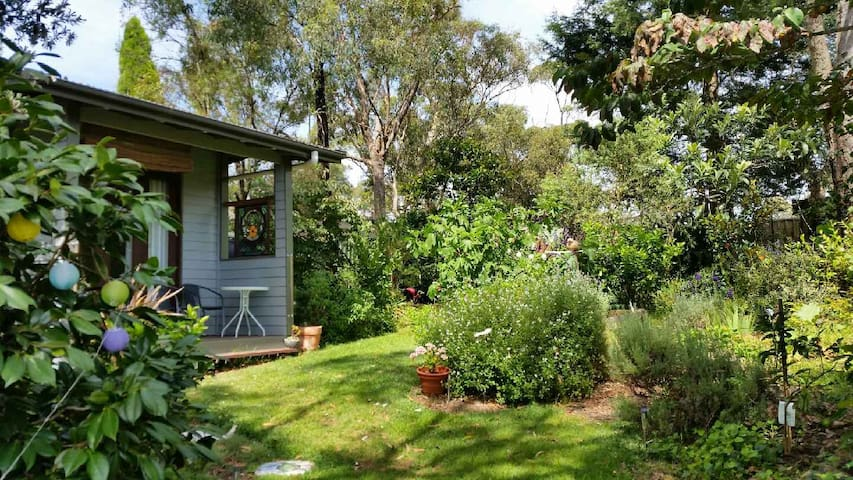 Garden Cabin, Lawson Blue Mountains - Lawson - Cabaña