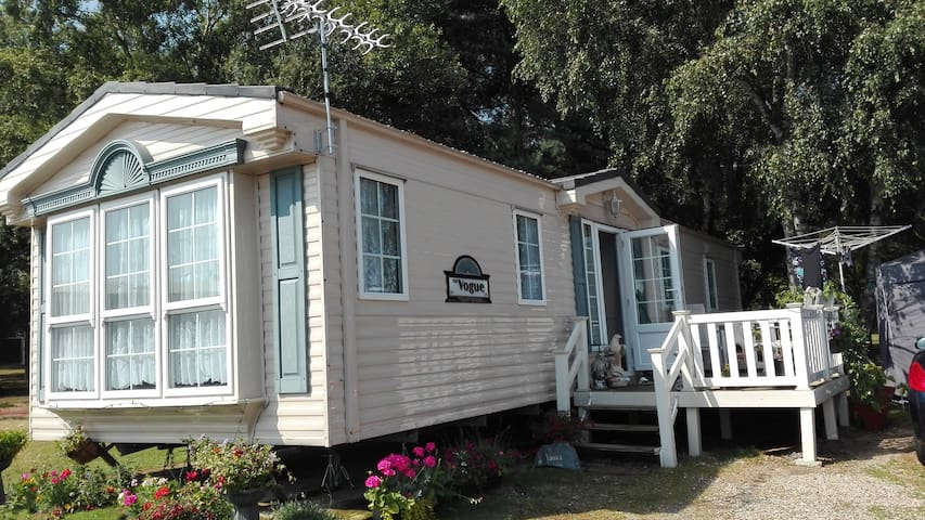 Tattershall lakes static caravan. Room to stay in. - Tattershall - Outros