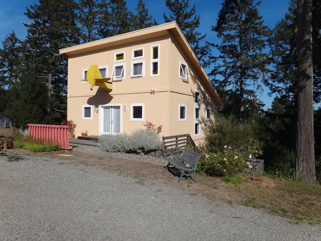 The Wine Country Airplane House - Occidental - Hus