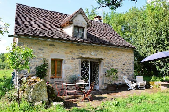 Belle maison proche de Limogne. - jamblusse - Ev