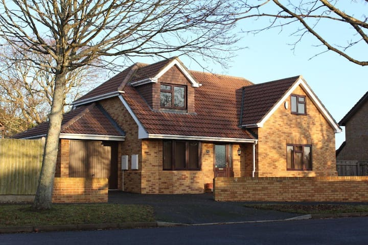 Inglewood Cottage - close to New Forest & beaches - New Milton - Hus