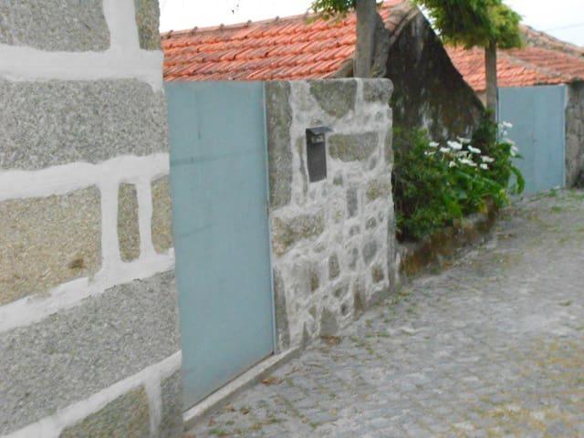 Santo Tirso Holiday Home - Porto - Haus