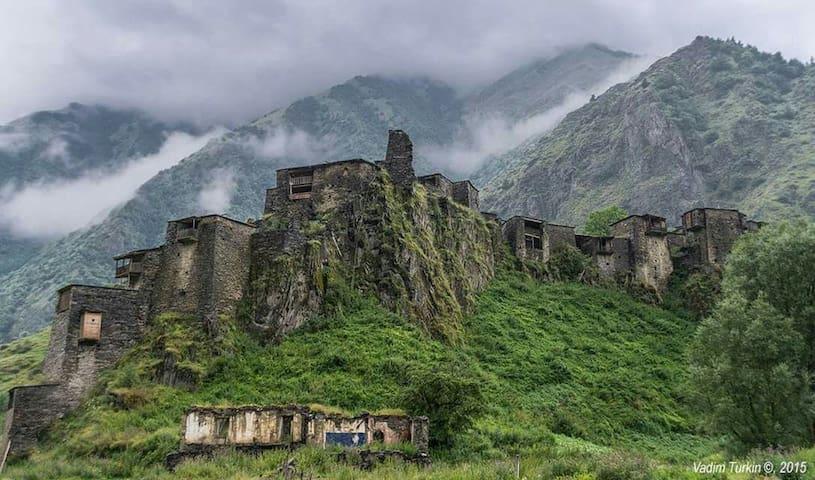 Shatili Medieval Fortress Village - Shatili - Huis