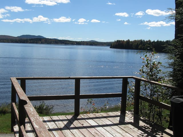 Quiet 2 bedroom lakefront cabin - Lake Clear - Cabane