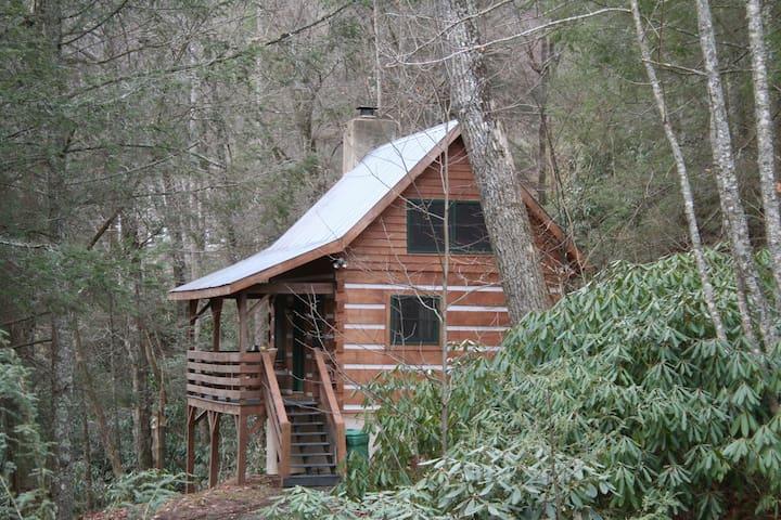 Small Cozy Log Cabin overlooking Stream, Gazebo - Sugar Grove - Kabin