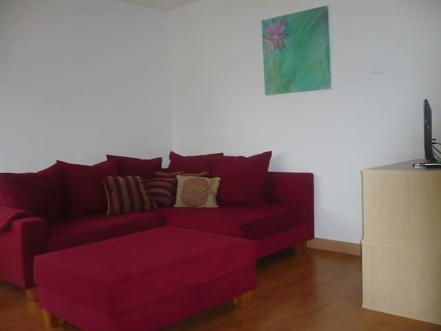 Nette 2-Zimmerwohnung - Mühlheim an der Donau - Casa