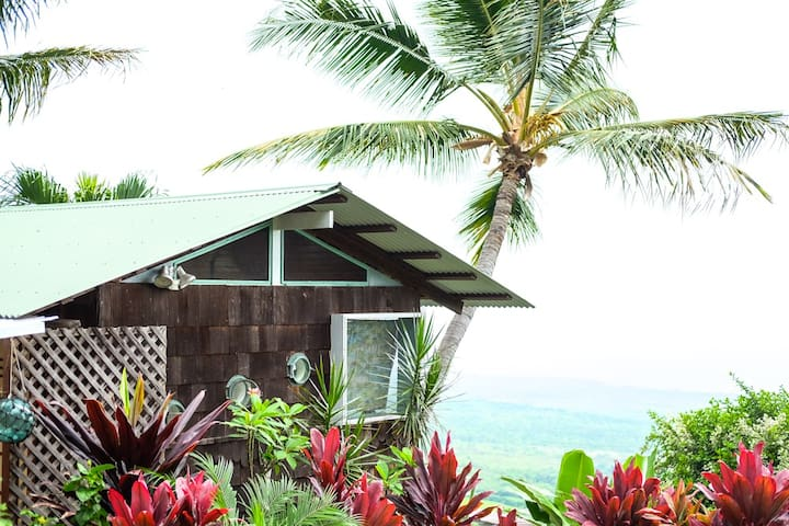 Kealakekua Bay Cottage With A View! - Captain Cook