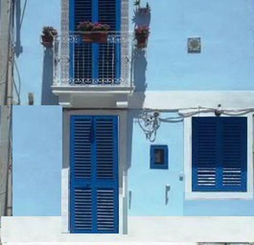 MESSINA CASA VACANZA CAPORASOCOLMO LOC.SPARTA' - Messina - House