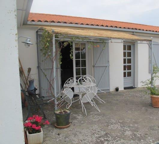 Maison au calme, plein sud, 8kms des plages - Angles - Casa