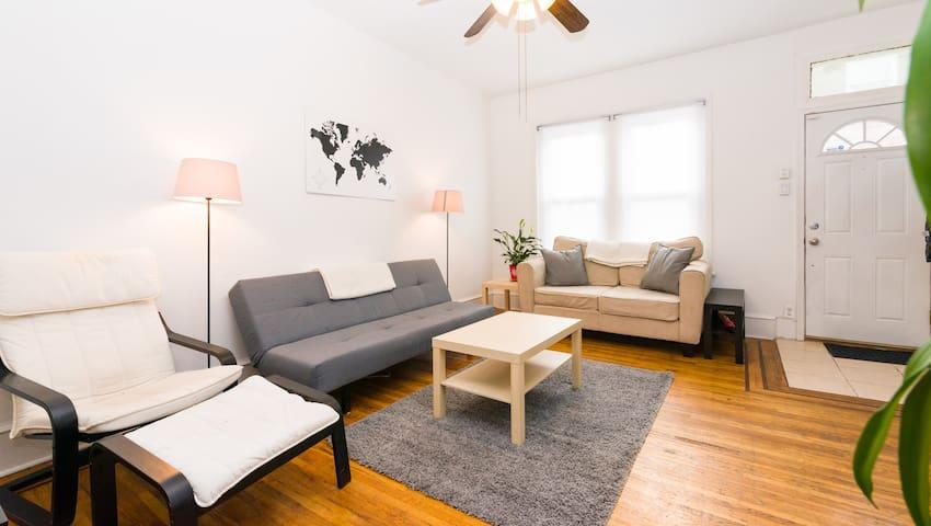 Full, private house in classic/hip South Philly - Philadelphia - Şehir evi