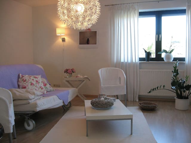 Modern, light+spacious suite for 4! - Koblenz - Daire