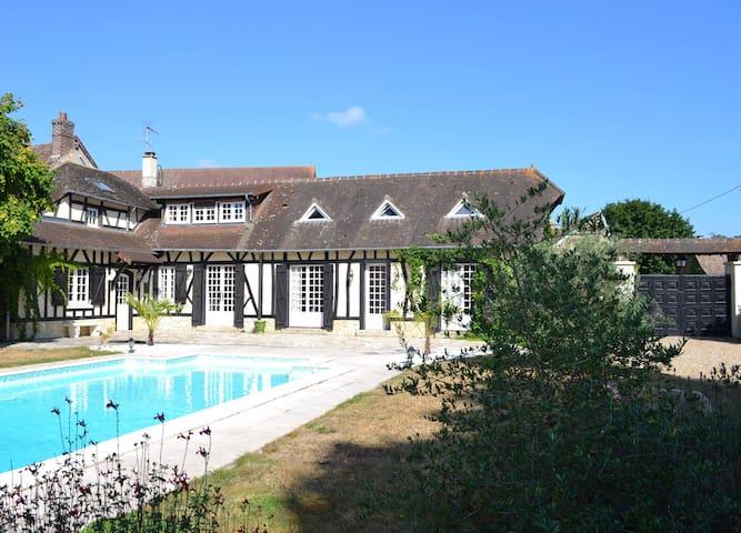 Maison Normande - 45 mn de Paris - Vaux-sur-Eure - Hus