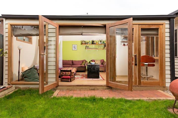 Just gorgeous - garden studio  - Newport - Kabin