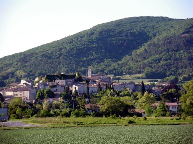Gite in the Drôme - Sauzet - Rumah