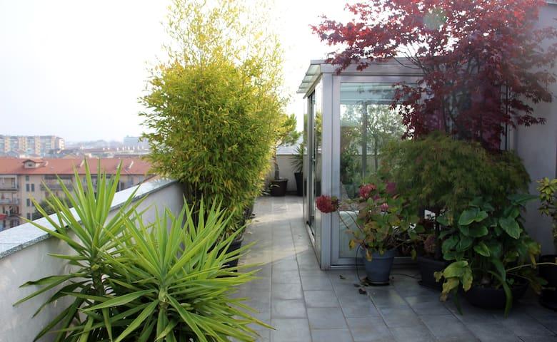 Stylish and cozy loft w/roof terrace, view on Alps - Città Metropolitana di Torino - Loft